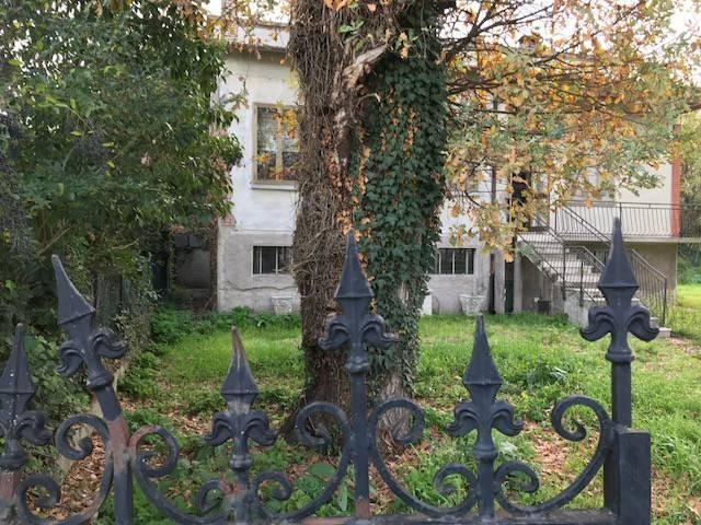 Villa da ristrutturare in vendita Rif. 5059753