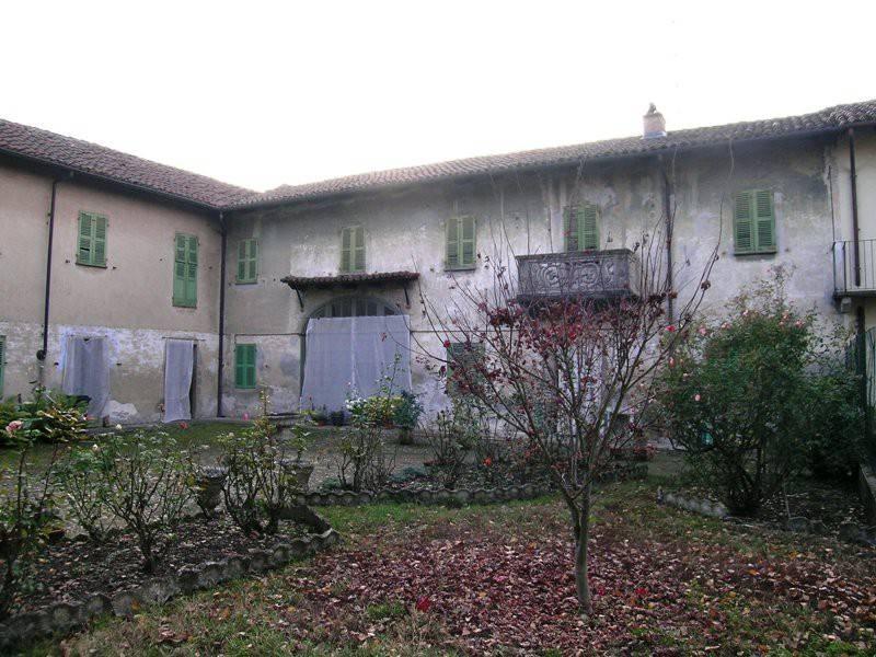 Rustico / Casale in vendita a Pontestura, 10 locali, prezzo € 200.000 | PortaleAgenzieImmobiliari.it