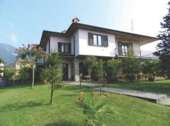 Villa in vendita a Cenate Sopra, 6 locali, prezzo € 352.000 | CambioCasa.it