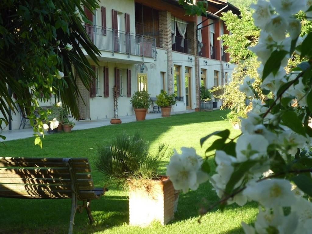 Rustico / Casale in vendita a Moncucco Torinese, 8 locali, prezzo € 750.000   PortaleAgenzieImmobiliari.it