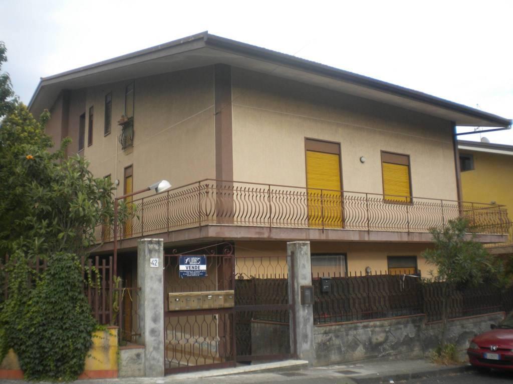 Appartamento in buone condizioni in vendita Rif. 5656062