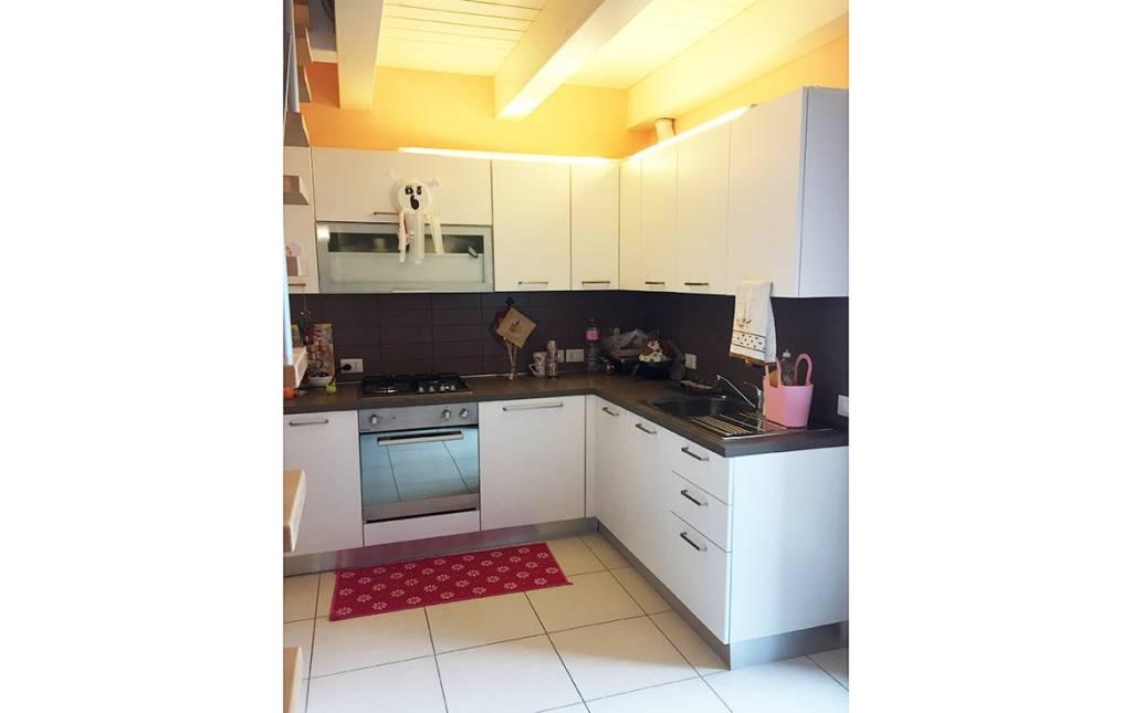 Appartamento trilocale in vendita a Mondolfo (PU)
