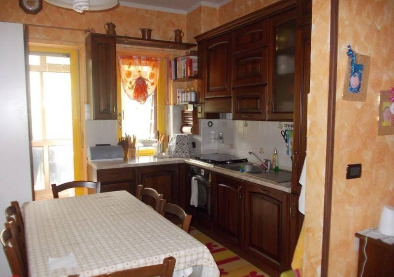 Appartamento in ottime condizioni in vendita Rif. 7995033