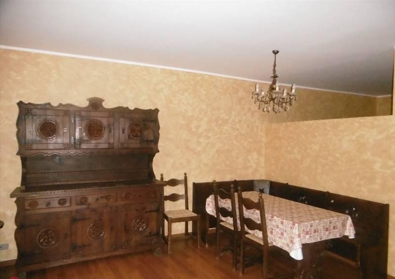 Appartamento in ottime condizioni in vendita Rif. 7995034