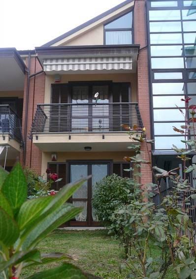 Appartamento in buone condizioni in vendita Rif. 7995058