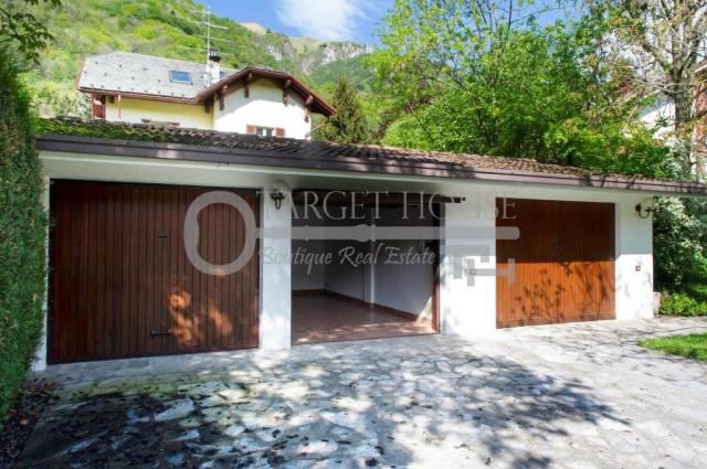 Villa in buone condizioni parzialmente arredato in vendita Rif. 4959234