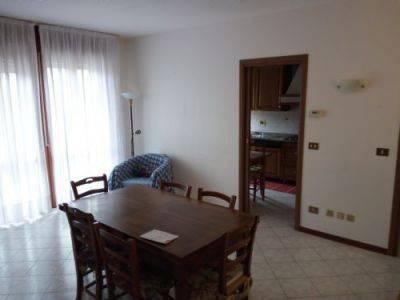 Appartamento in ottime condizioni in vendita Rif. 7768405