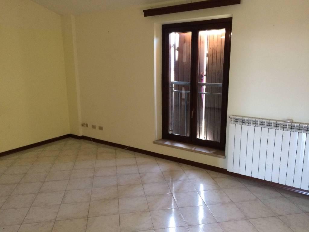 Appartamento quadrilocale in affitto a Asola (MN)
