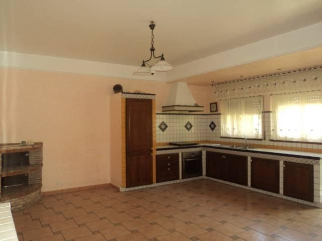 Appartamento in buone condizioni in vendita Rif. 4834995