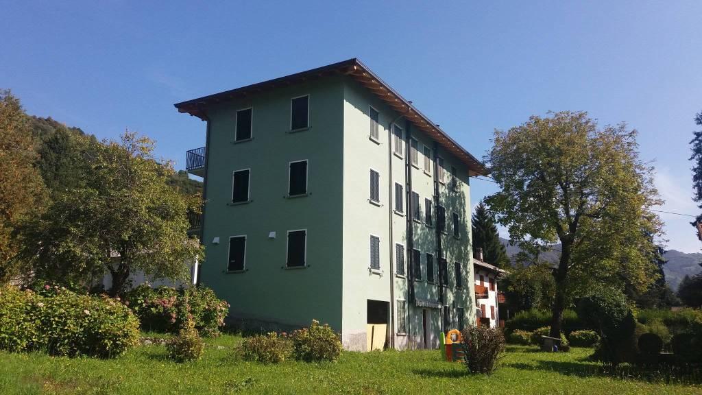 Appartamento in ottime condizioni arredato in vendita Rif. 7847713