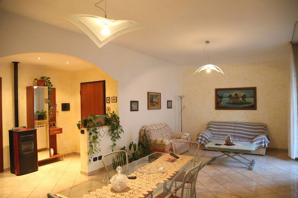 Appartamento in vendita a Cairo Montenotte, 4 locali, prezzo € 95.000 | PortaleAgenzieImmobiliari.it
