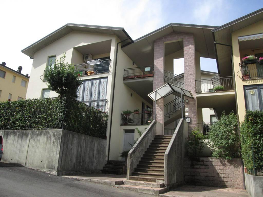Appartamento con due camere, ottimo stato
