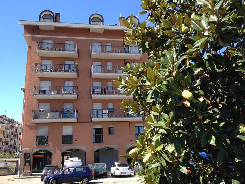 Appartamento in buone condizioni parzialmente arredato in affitto Rif. 7376829