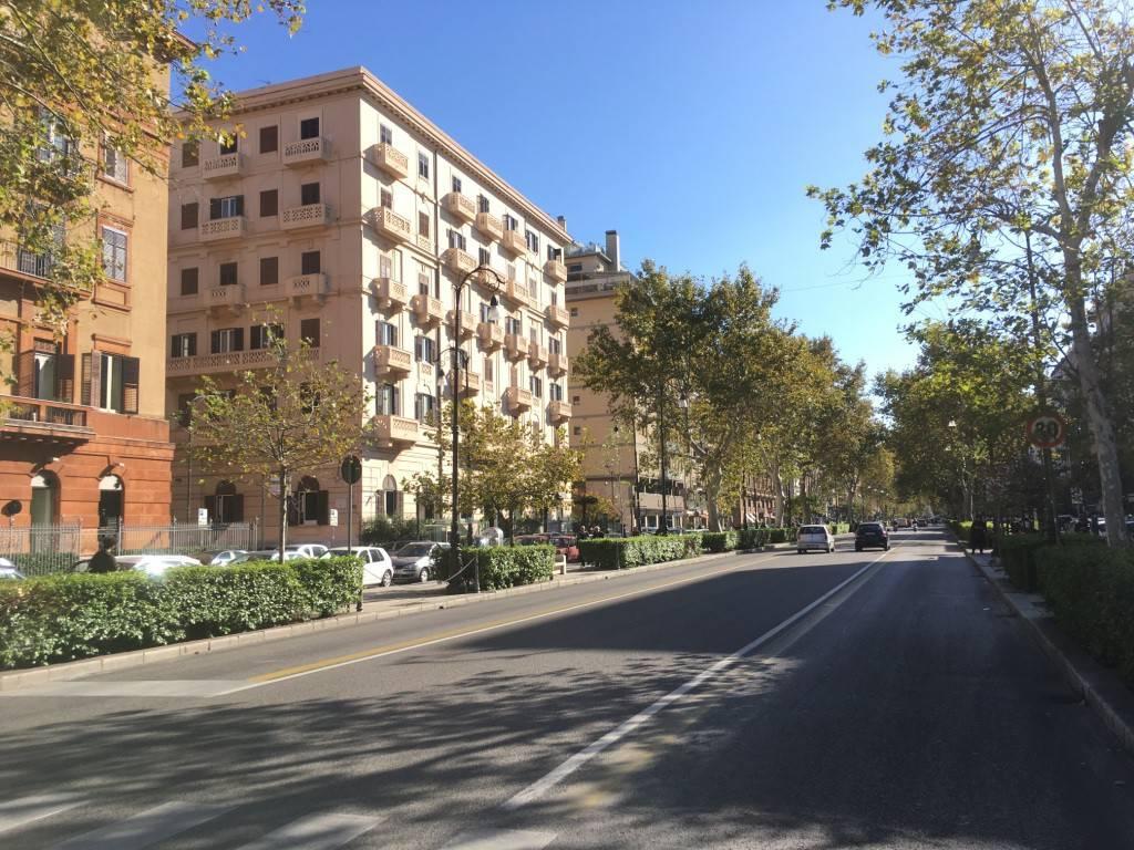 Appartamento in Affitto a Palermo Centro: 5 locali, 185 mq