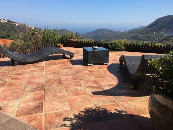 Foto 1 di Villa via San Giorgio, Vezzi Portio