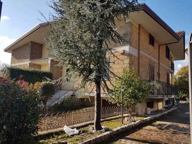 Villa in buone condizioni in vendita Rif. 4350723