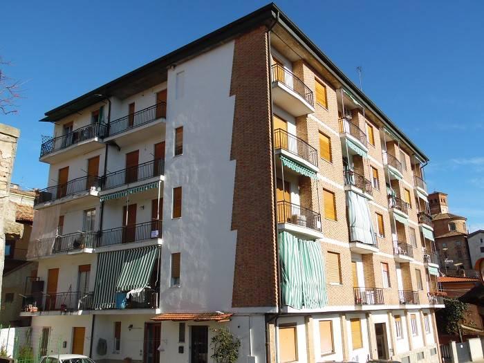 Appartamento trilocale in affitto a Moncalvo (AT)