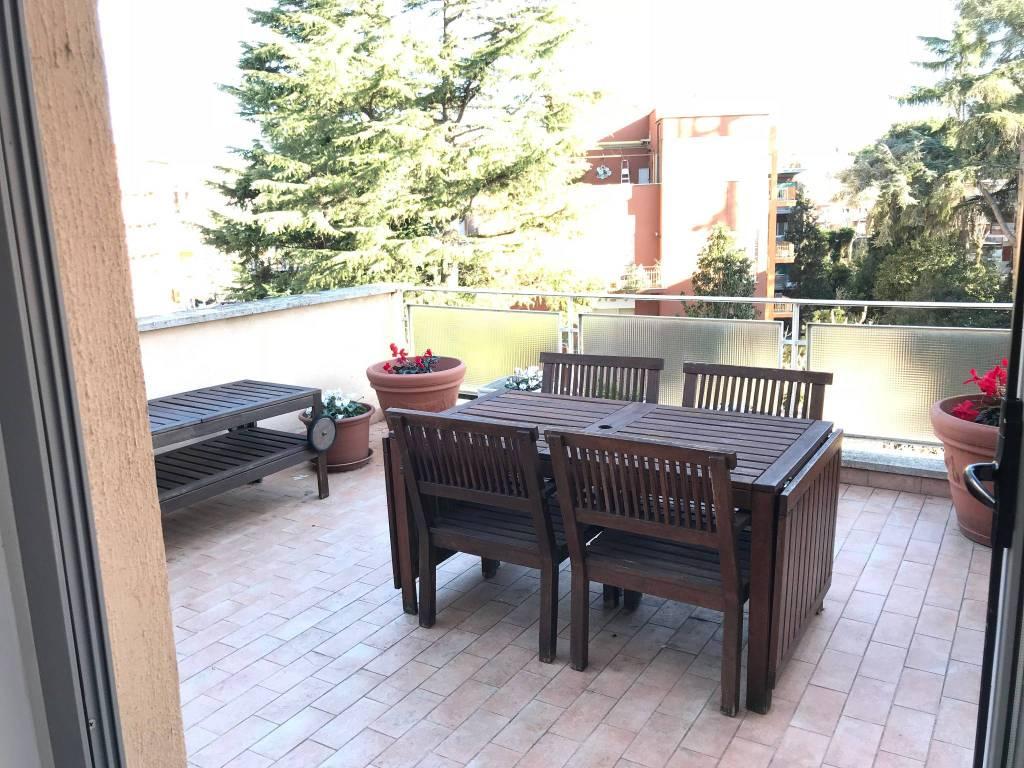 Attico / Mansarda in affitto a Roma, 2 locali, zona Zona: 28 . Torrevecchia - Pineta Sacchetti - Ottavia, prezzo € 720 | CambioCasa.it