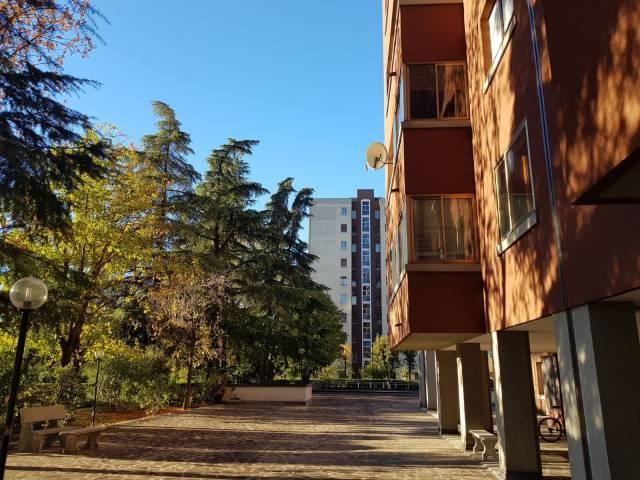 Appartamento in vendita 6 vani 205 mq.  via Pablo Neruda 11 Bologna
