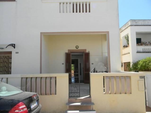 Appartamento in vendita a Castrignano del Capo, 7 locali, prezzo € 148.000 | PortaleAgenzieImmobiliari.it