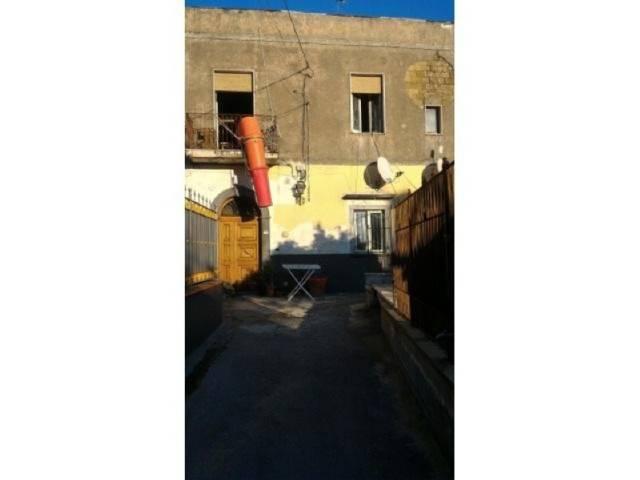Appartamento in ottime condizioni in affitto Rif. 4600643