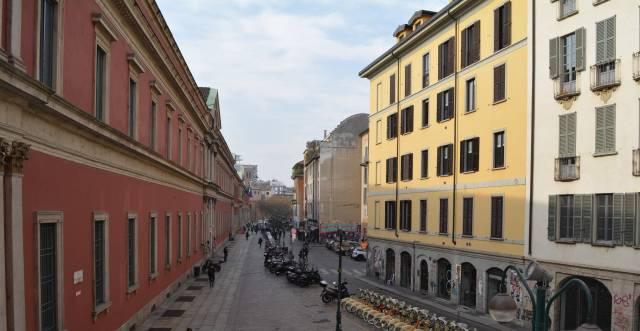 Appartamento in Affitto a Milano 01 Centro storico (Cerchia dei Navigli): 3 locali, 76 mq