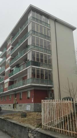 Appartamento in buone condizioni in vendita Rif. 6923108