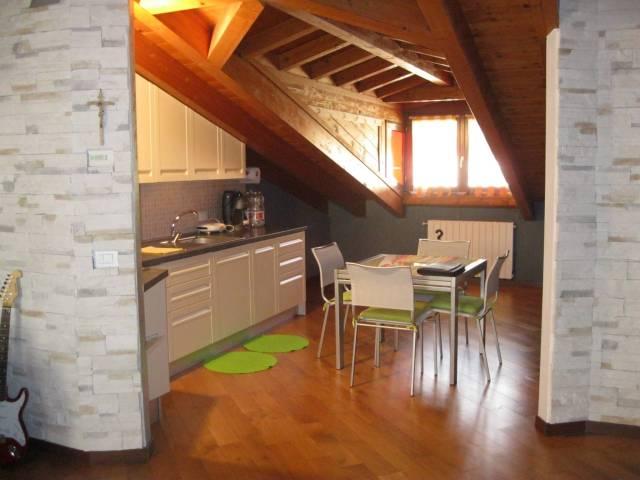 Appartamento in ottime condizioni arredato in vendita Rif. 4982891