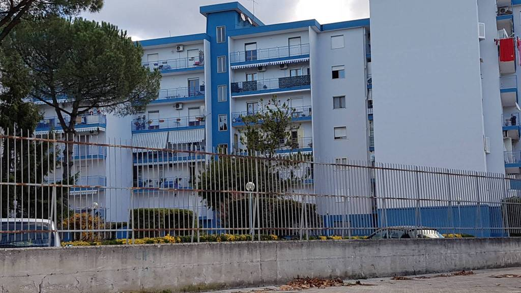 Appartamento in ottime condizioni in vendita Rif. 4454636