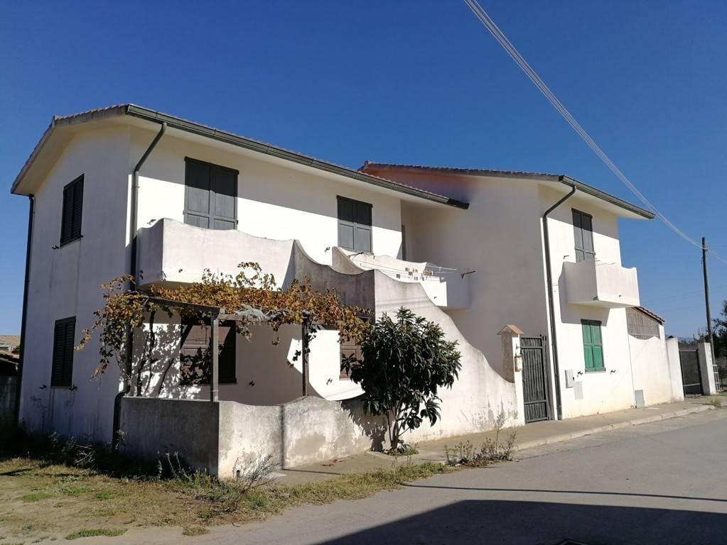 Casa indipendente a SG Suergiu in loc. Is Collus