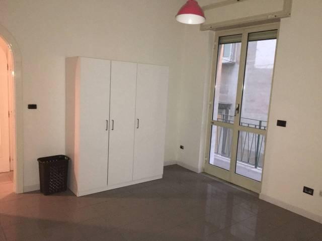 Appartamento in vendita 3 vani 80 mq.  vico Giardinetto 17 Napoli