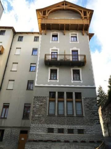 Appartamento in buone condizioni arredato in vendita Rif. 4404746