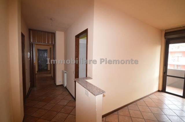 Appartamento in vendita a Borgomanero, 3 locali, prezzo € 155.000   CambioCasa.it