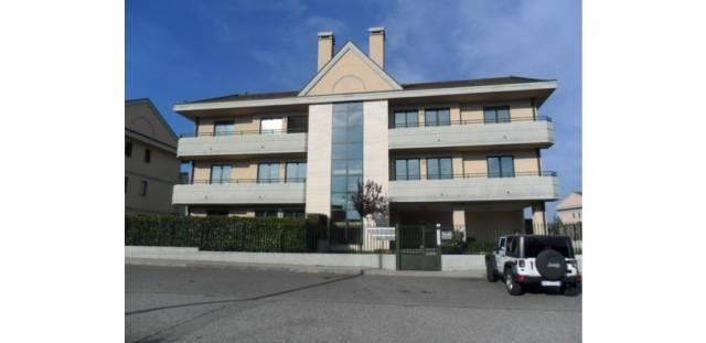 Appartamento in ottime condizioni arredato in affitto Rif. 4213813