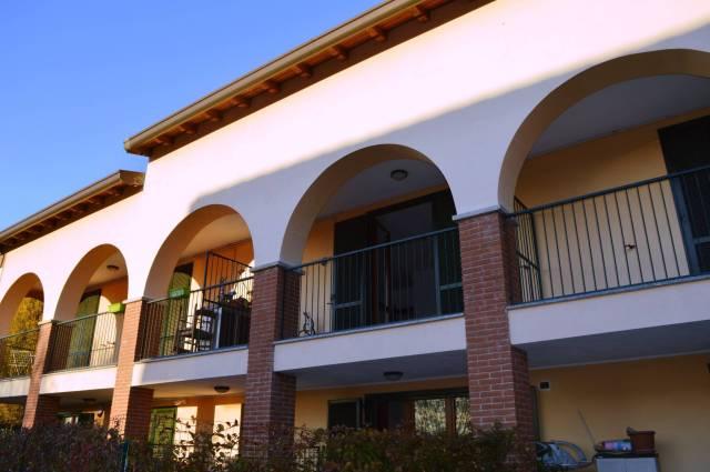 Appartamento in ottime condizioni arredato in vendita Rif. 4601128