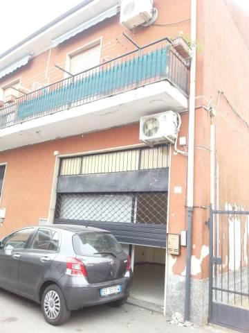 Negozio / Locale in affitto a Cesate, 1 locali, prezzo € 380 | CambioCasa.it