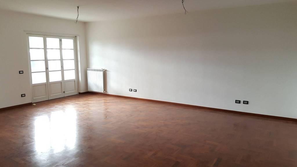 Appartamento in affitto Rif. 8202757