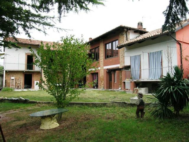 Rustico / Casale in vendita a Moransengo, 6 locali, prezzo € 88.000 | CambioCasa.it