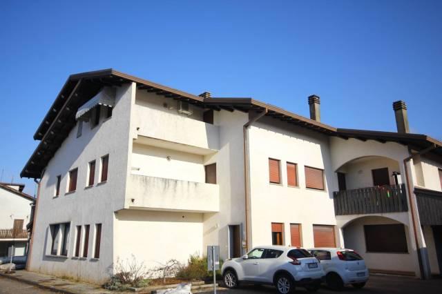 TRICHIANA, mansarda 2 camere, terrazzo e garage