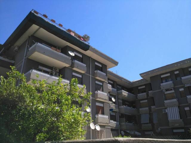 Appartamento in Vendita a San Gregorio Di Catania Centro: 3 locali, 80 mq