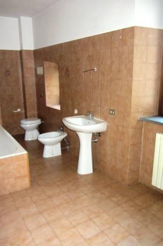 Appartamento in vendita a Zogno, 3 locali, prezzo € 104.000 | CambioCasa.it