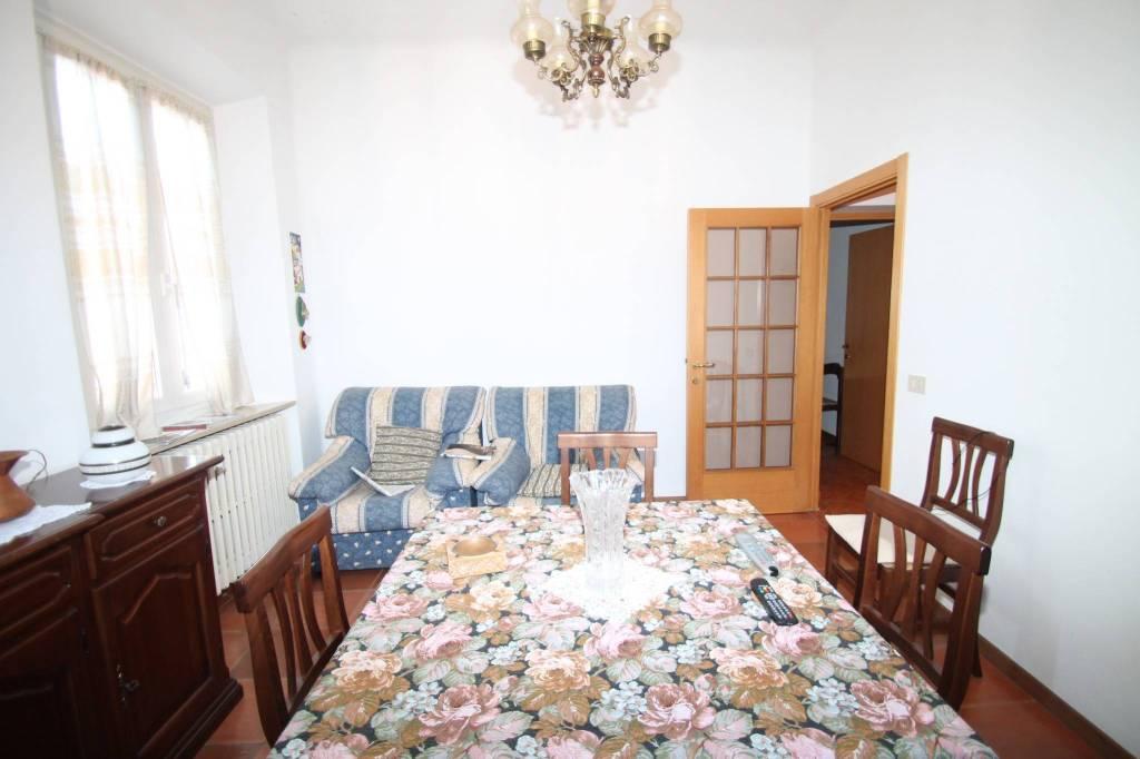 Appartamento in ottime condizioni arredato in affitto Rif. 9108622