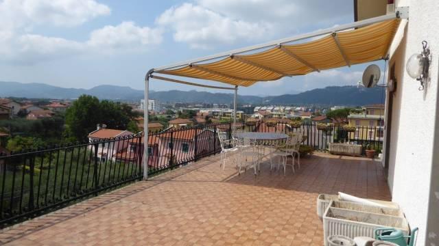 Villa in Vendita a Santo Stefano di Magra