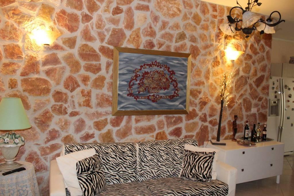 Appartamento in Vendita a Tuglie Centro: 3 locali, 99 mq