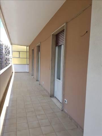 Appartamento in Affitto a Lecce Centro: 5 locali, 200 mq