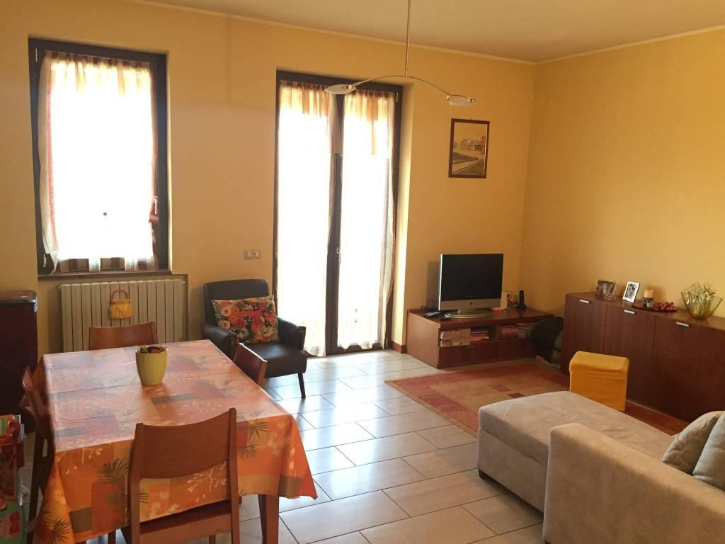 Appartamento in ottime condizioni in vendita Rif. 5170787