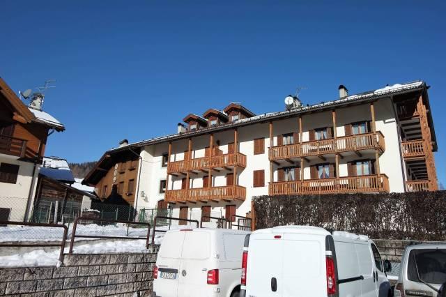 Appartamento in buone condizioni arredato in vendita Rif. 4289915