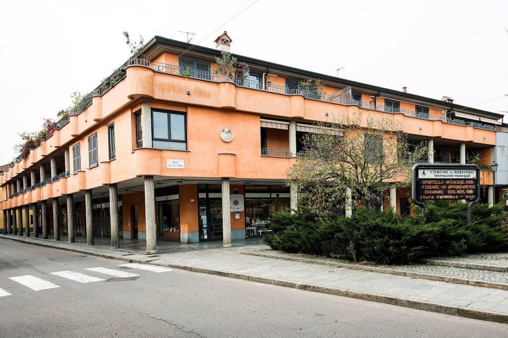 Appartamento in buone condizioni in vendita Rif. 8644191