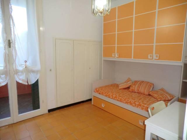 Appartamento in buone condizioni arredato in affitto Rif. 6805363