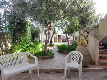 Spaziosa casa indipendente con giardino e veranda